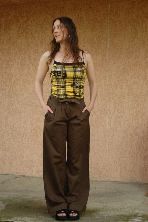 Un pantalon en coton bio signé Ideo